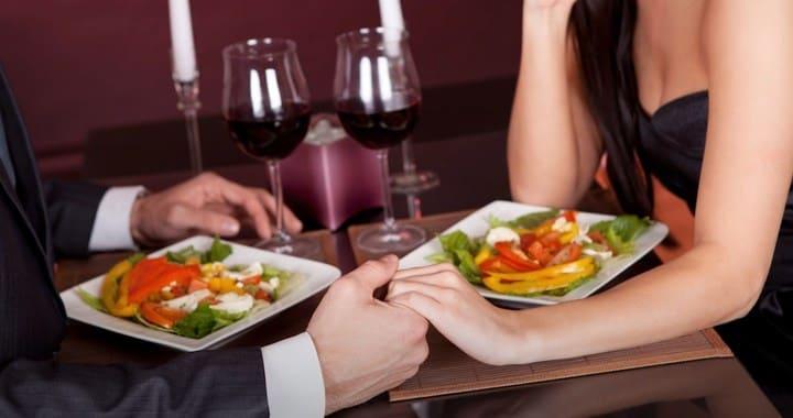 как устроить романтический ужин дома